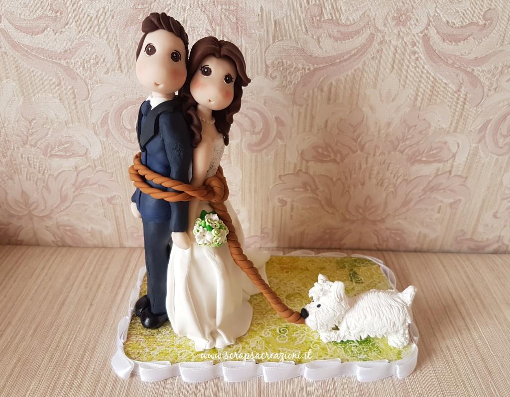 Cake topper matrimonio con cane giocherellone