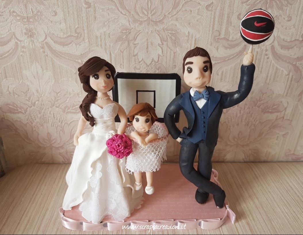 cake topper realistici sposi bambina basket