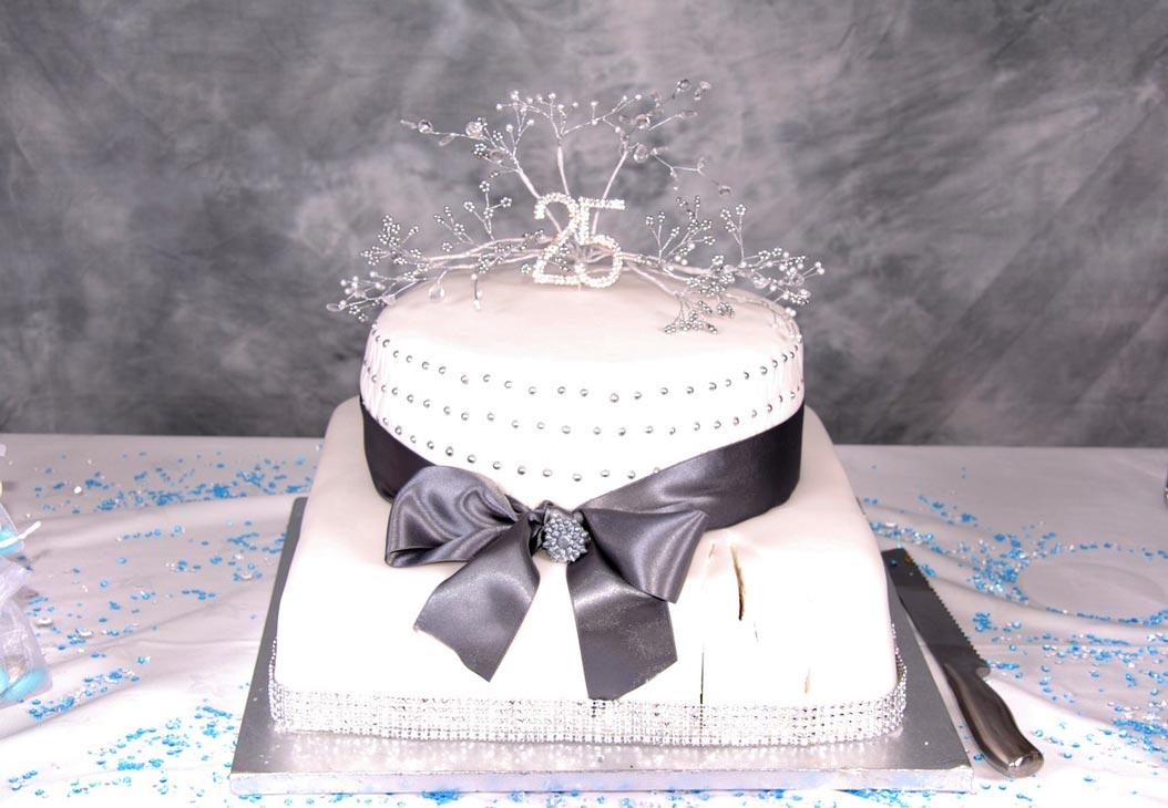 torta nozze d'argento 25 anniversario di matrimonio
