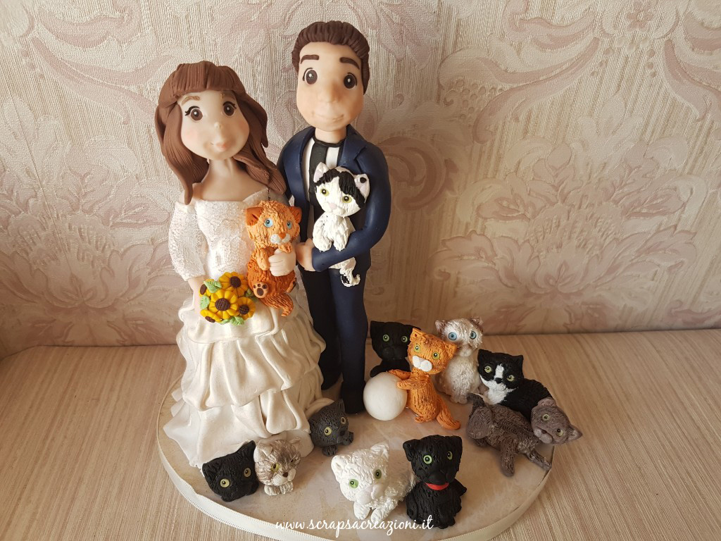 cake topper sposi con cane e gatti