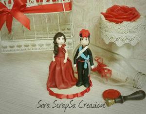 cake topper sposi in divisa spiritosi