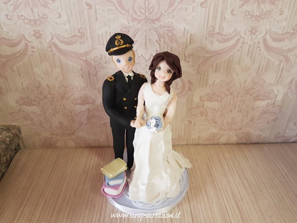 cake topper sposa abito ricamato maniche
