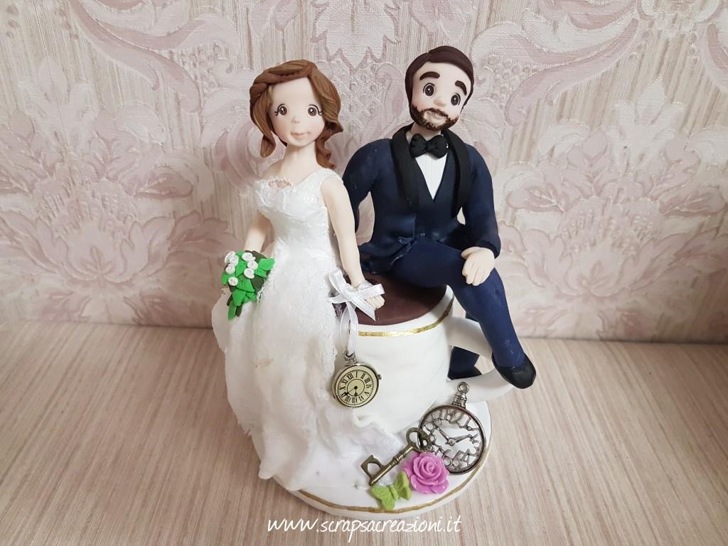 cake topper sposa abito ricamato pizzo