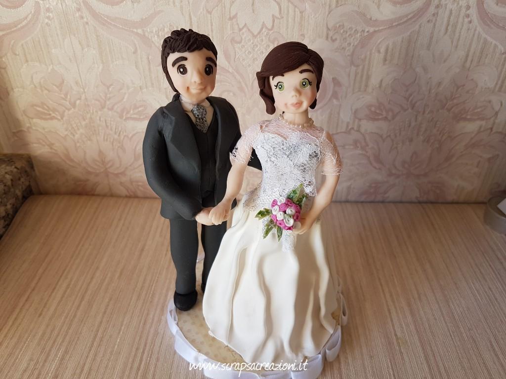 cake topper sposa corpetto pizzo