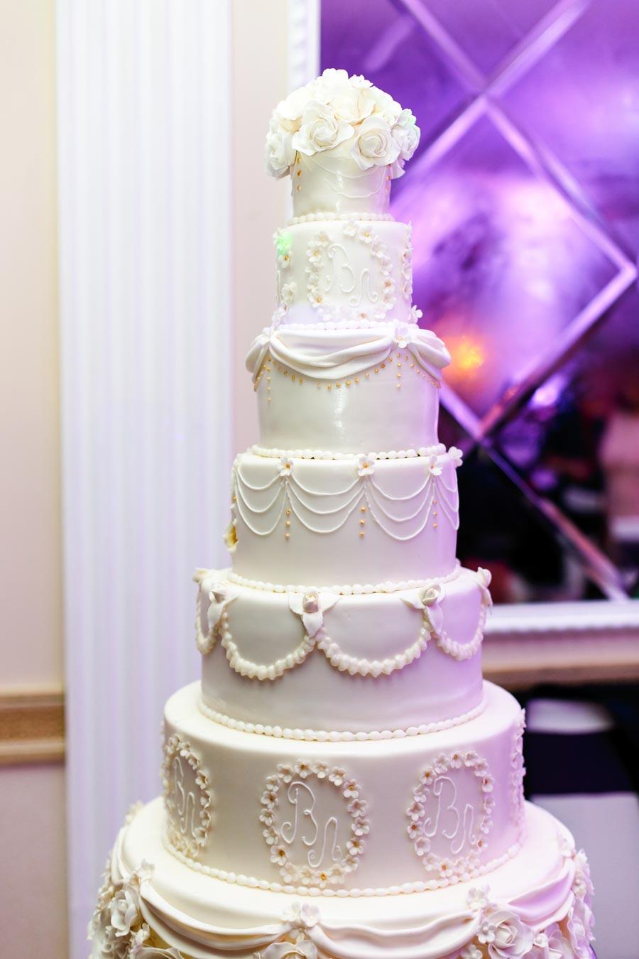 torta matrimonio romantica bianco