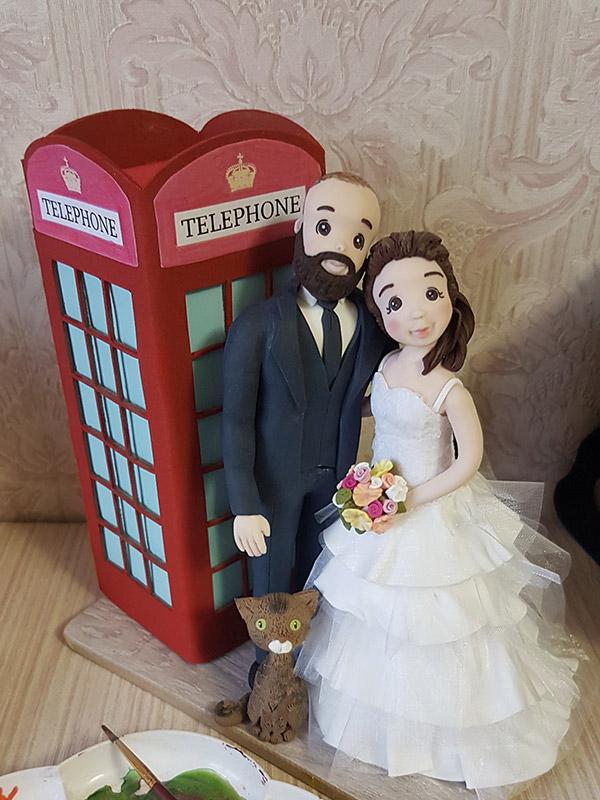 cake topper sposi personalizzato con tessuto e gatto