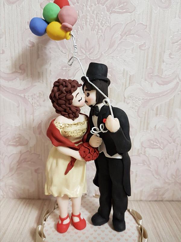 cake topper sposi romantici con palloncini