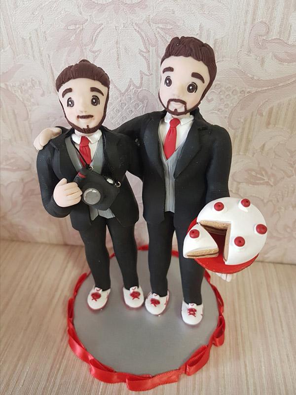 cake topper sposi simpatici con torta