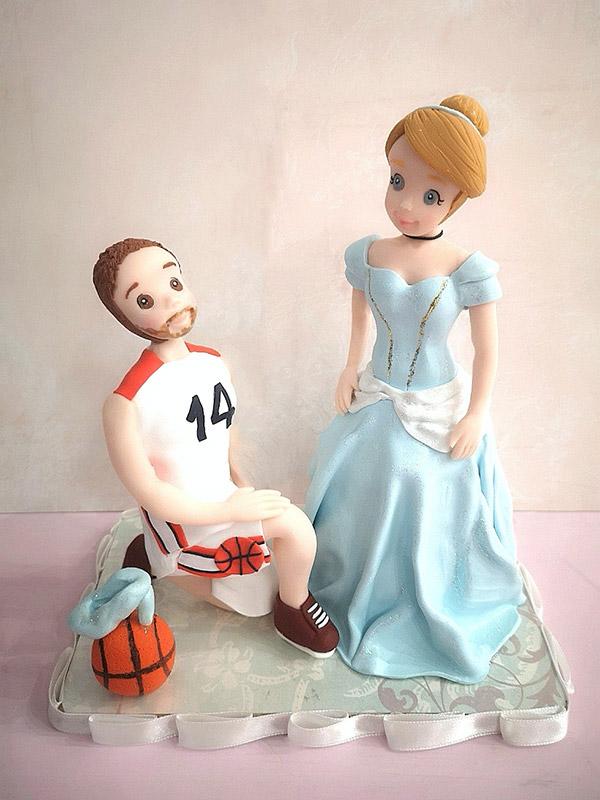 cake topper sposi simpatici principessa e calciatore