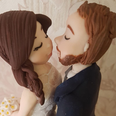 cake topper sposi realistico bacio