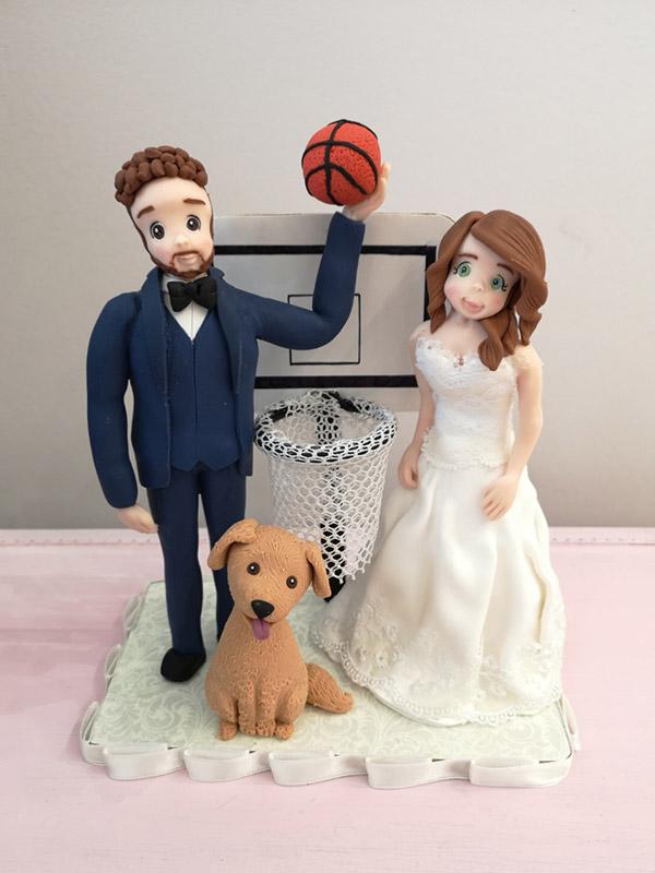 cake topper sposi sportivi con cane